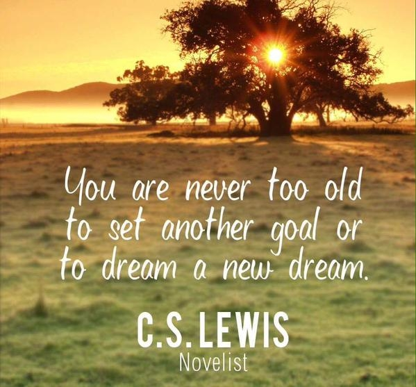 """""""Dream lofty dreams and, as you dream, so shall you become.""""  James Allen  #LOA #lawofattraction pic.twitter.com/btNU1ig1Rf"""