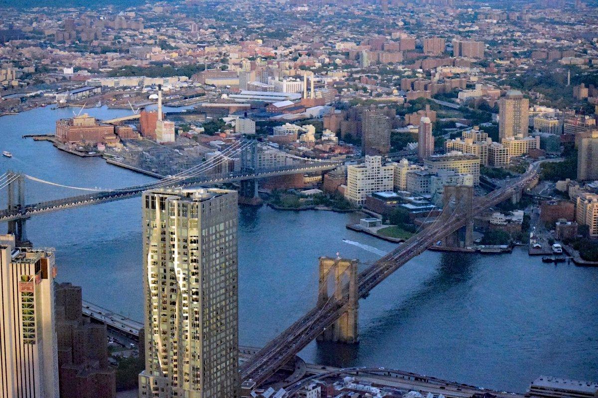 RT @NYCSandyTaylor: #NYC #Bridges - see it, frame it, #buy it at https://t.co/XXzwHDY4fo #photography #wallart #homedecor #shopping #Manhattan #Brooklyn https://t.co/8kCSmUCDjQ