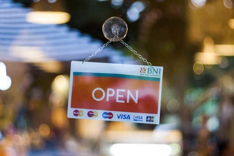 Strip malls rise in popularity during #covid19 – https://buff.ly/30rp4GD  #retail #shoppingcentre #consumer #lightstonepic.twitter.com/HAbpqwkMd8