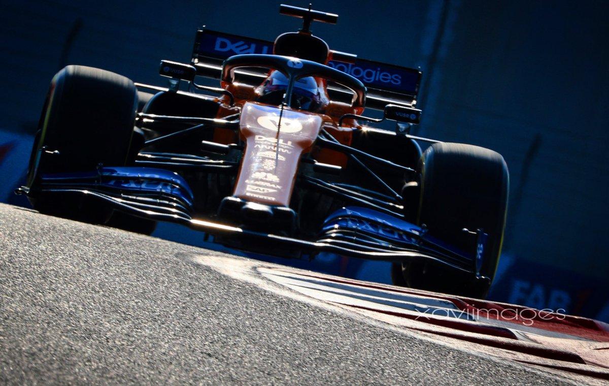 Bon díaaaa tuister@s,, #raceweek  . #GrainingMediaF1 #AbuDhabiGP #F1 . #xaviimages 📸📸 #F1photographer . @Graining_es @Carlossainz55  . https://t.co/vbCM9C8BVV