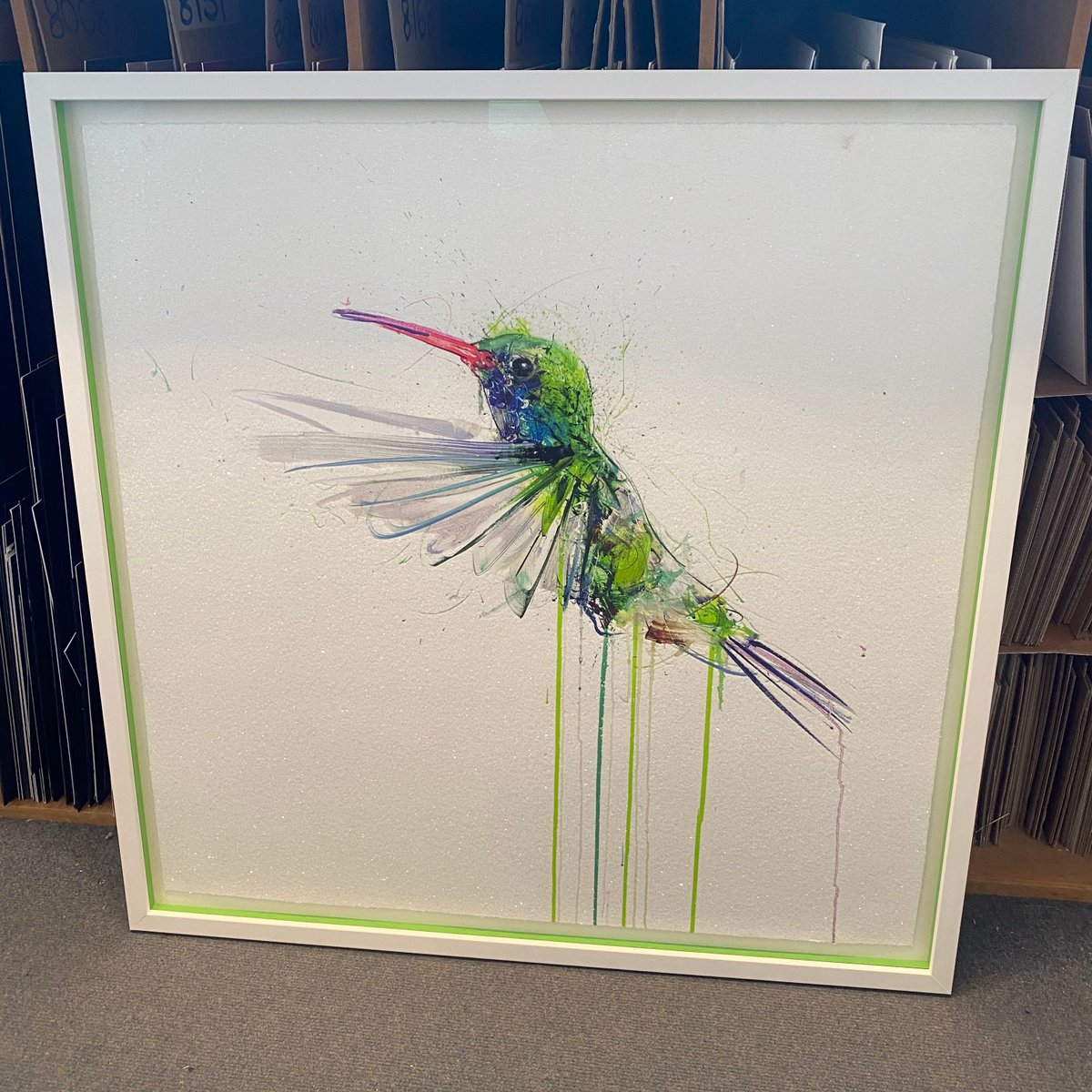 We loved framing this sparkly hummingbird. It's floated in a shallow box frame with lime green spacers, topped off with 'magic' glass #truevue  #pictureframing #custompictureframing #customframing #woodframing #bespokeframing #framingart #artframing #uckfield #sussex #wealdenpic.twitter.com/g2GwGikshc