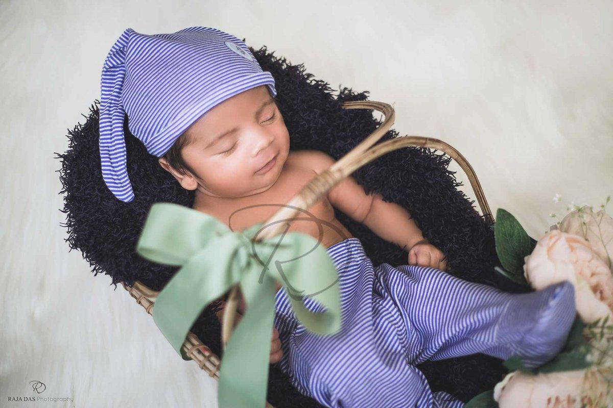 #newborn #newbornphotography #newbornphotographer #newbornbaby #newbornphoto #newborns #newbornprops #newbornsession #newbornposing #newbornphotos #newborngift #newbornphotoshoot #RamMandirAyodhya #newbornphotographerkolkata #newbornphotographerindiapic.twitter.com/GOtjs7V2Lk