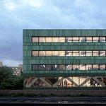 Image for the Tweet beginning: İngiltere mimarlık stüdyosu Feilden Clegg