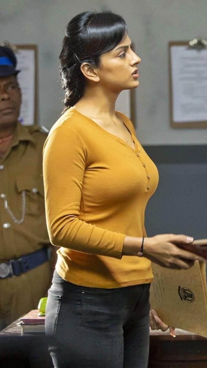 #ShraddhaSrinath Extra Large  Melons   Milktank  #Dusky #Cleavage #navelqueen #navel #bikini #redlips #Bollywood #Armpit #Upskirt #downblose #Wardrobemalfunction #SamanthaAkkineni #Tollywood #sareeswag  #KajalAgarwal #PoojaHegde  #Tamannaa #Rashmika #Nabha #Nidhi #Malavikapic.twitter.com/uNSDz133FY