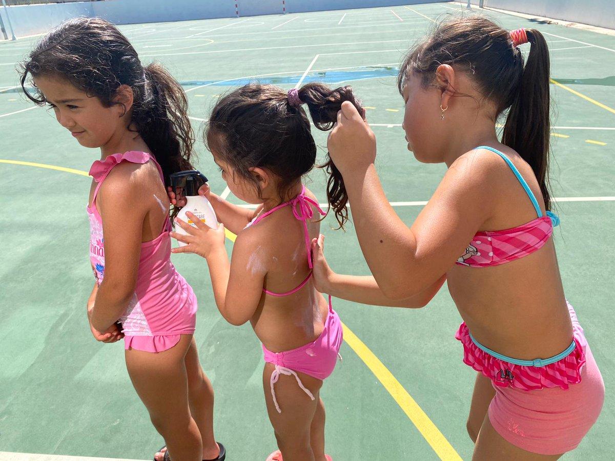 En el Centro #FundaciónRafaNadal, nos ayudamos unos a otros a protegernos del sol ☀️ ¡Eso sí es compañerismo! ;) @heliocare_es https://t.co/IzgCgBusa5