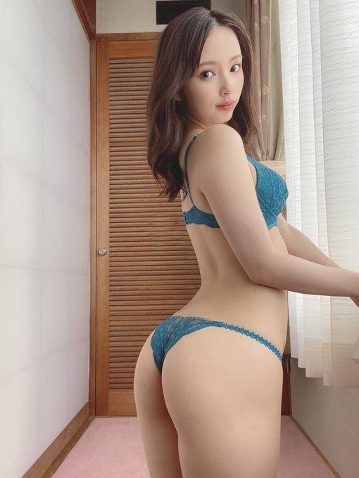 グラビアアイドル鶴巻星奈のTwitter自撮りエロ画像35