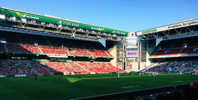 Hoy a las 18.55h CET el @ibfk2014 juega en el Parken (de gran recuerdo para Okan Buruk) ante el @FCKobenhavn en la vuelta de Octavos de #UEL a puerta cerrada. 1-0 en la ida con gol de Visca de penalti. https://t.co/FwMXqRobMJ