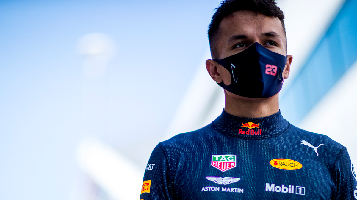 "🗣 ""We have the same track this weekend so we can directly compare what we learned and what we need to work on. We'll try and get it dialled in and focus on the areas we struggled with last weekend."" @alex_albon on going back to back 👊🇬🇧 #ChargeOn 🤘 #F1 https://t.co/nqpIscWO61"