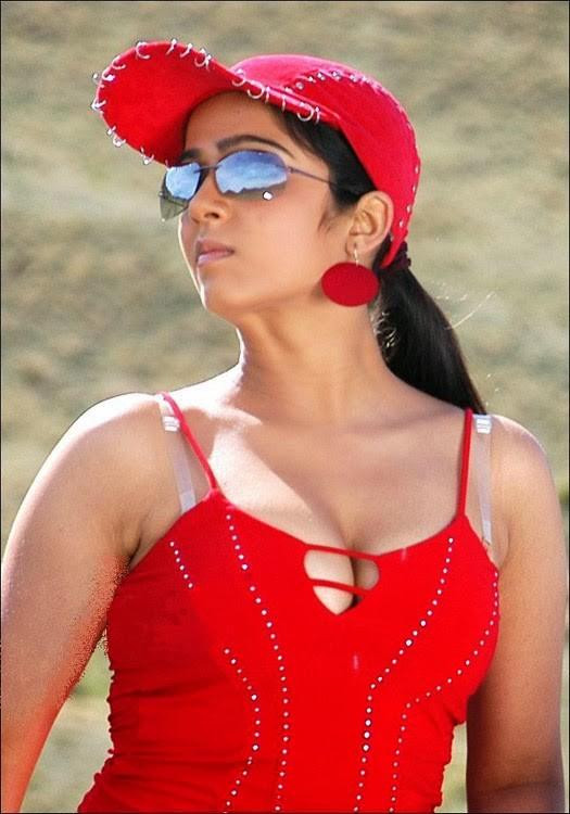#CharmiKaur Ufff Watyyy Armpits Sleeky Body Structure & Tighty Boobs  Milktank  #Dusky #Cleavage #navelqueen #navel  #Bollywood #Armpit #Upskirt #downblose  #SamanthaAkkineni #Tollywood #sareeswag  #KajalAgarwal #PoojaHegde  #Tamannaa #Rashmika #Nabha #Nidhi #Malavikapic.twitter.com/uZNR5nBpdr