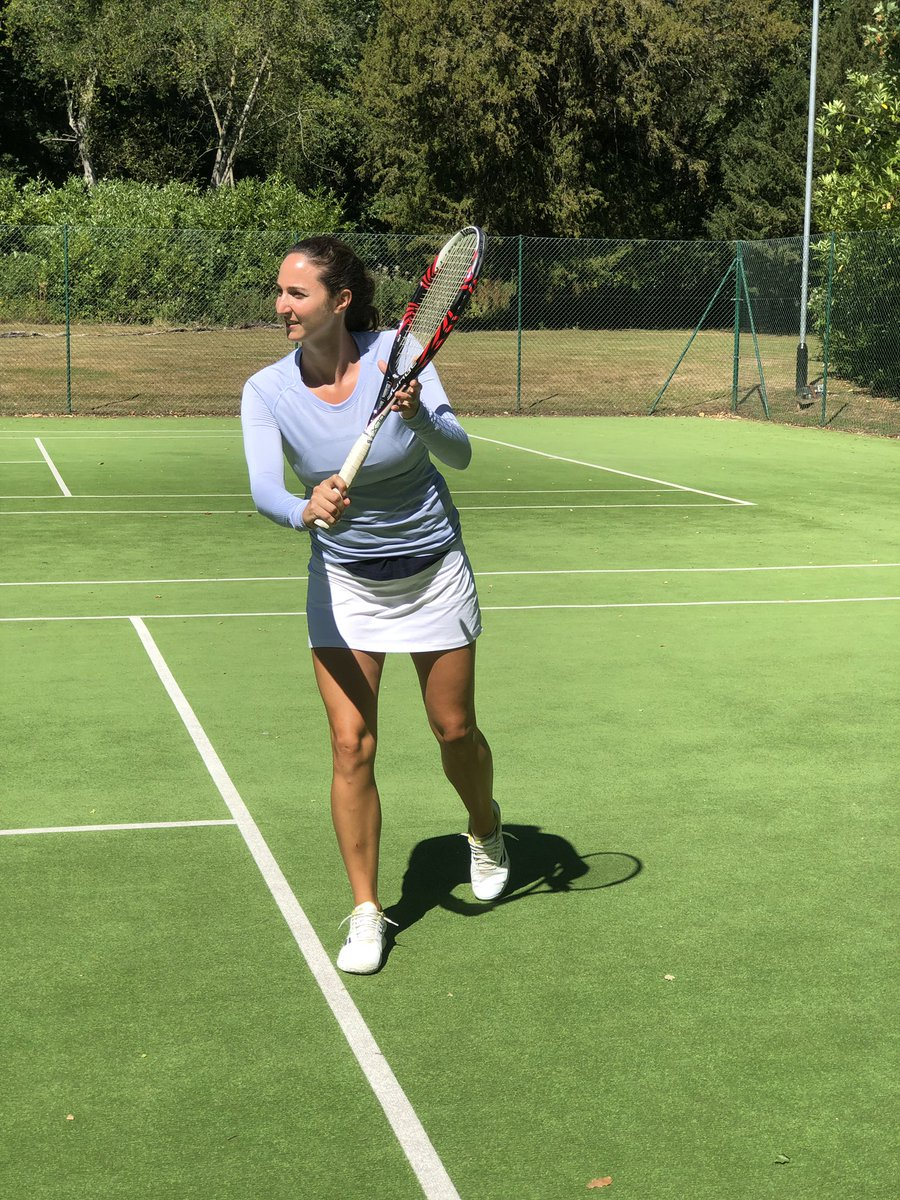 Wimbledon might have been postponed for 2020 but tennis season is in full swing here at Hampshire with @pbitennis coach Nicola Reynolds, serving guests of all ages and abilities 🎾 #FourSeasons #Tennis #DreamWithFS https://t.co/FxMprMZOvf