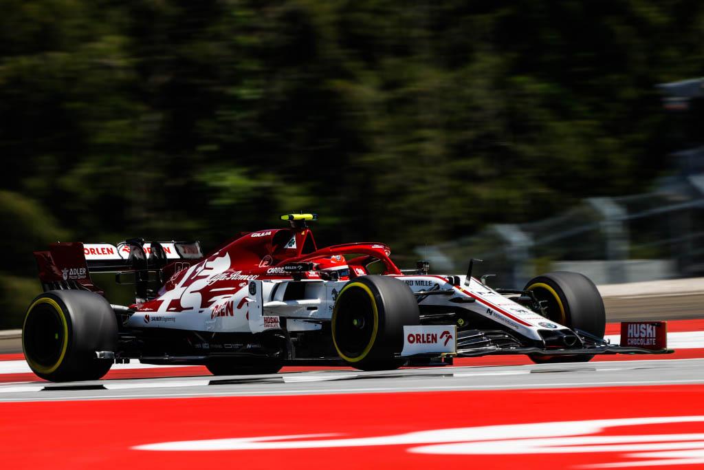 🔴 OFICIAL 🔴 Robert KUBICA volverá a subirse al Alfa Romeo en los Libres 1 del Gran Premio del 70 Aniversario. ▶️ Será la tercera vez que el polaco conduzca el C39 en una sesión de entrenamientos libres esta temporada. #F1 #F170 #BritishGP https://t.co/3inlfHz7gE