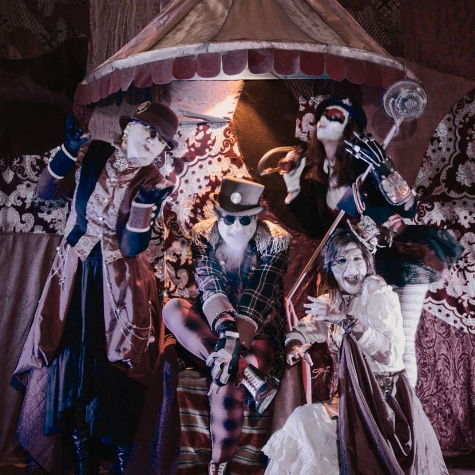 🎉 Happy birthday #MrKing! 🎉 5 anni fa nasceva la corte di #happysteamdeadmrking E oggi si festeggia! 🎩 Auguri a noi e al nostro popolo 😎  #steampunkstyle #steampunk #steampunkfashion #steampunktheatre #steampunklover #formediterre