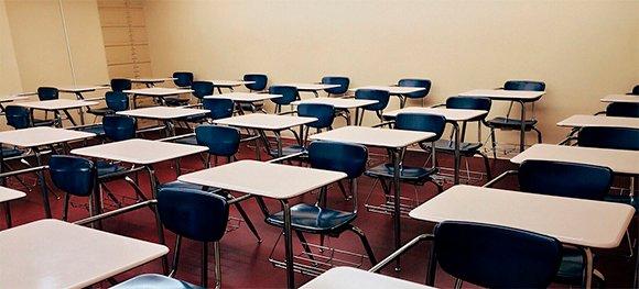 """""""La pandemia de COVID-19 ha causado la mayor disrupción que ha sufrido nunca la educación"""", declaró el secretario general de la ONU, António Guterres, quien señaló que a mediados de julio las escuelas estaban cerradas en unos 160 países. https://t.co/JzAr9OLDfC"""