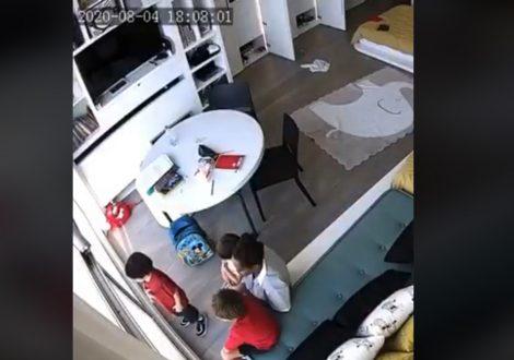 Beirut, il momento dell'esplosione in una casa con bambini (VIDEO) - https://t.co/vwzIQhAoS0 #blogsicilia #beirut #libano #libanon