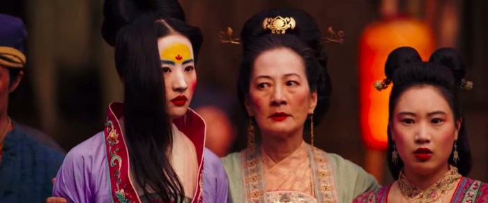 So @DisneyStudios' live action #MULAN (@DisneysMulan) is skipping theaters for @DisneyPlus where you'll be able to rent it. What could this mean for other @Disney films like @TheBlackWidow & @JungleCruise? Hear the latest from the Mouse House http://bigfanboy.com/wp/?p=35379  RT!pic.twitter.com/IhJo2updRp