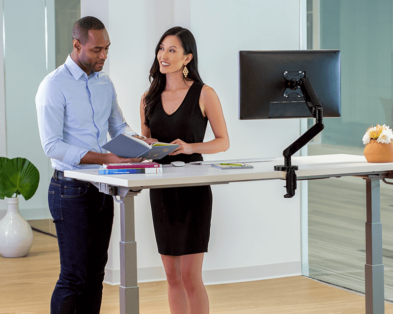 Be the best at your desk. 🖥️ It is important to alternate between sitting & standing throughout the day. Effortlessly add movement to your working day at the touch of a button with the Levado™ Height Adjustable Desk. #WorkBetterFeelBetter  https://t.co/iP61KxgqZl https://t.co/QXy3wu5BJA