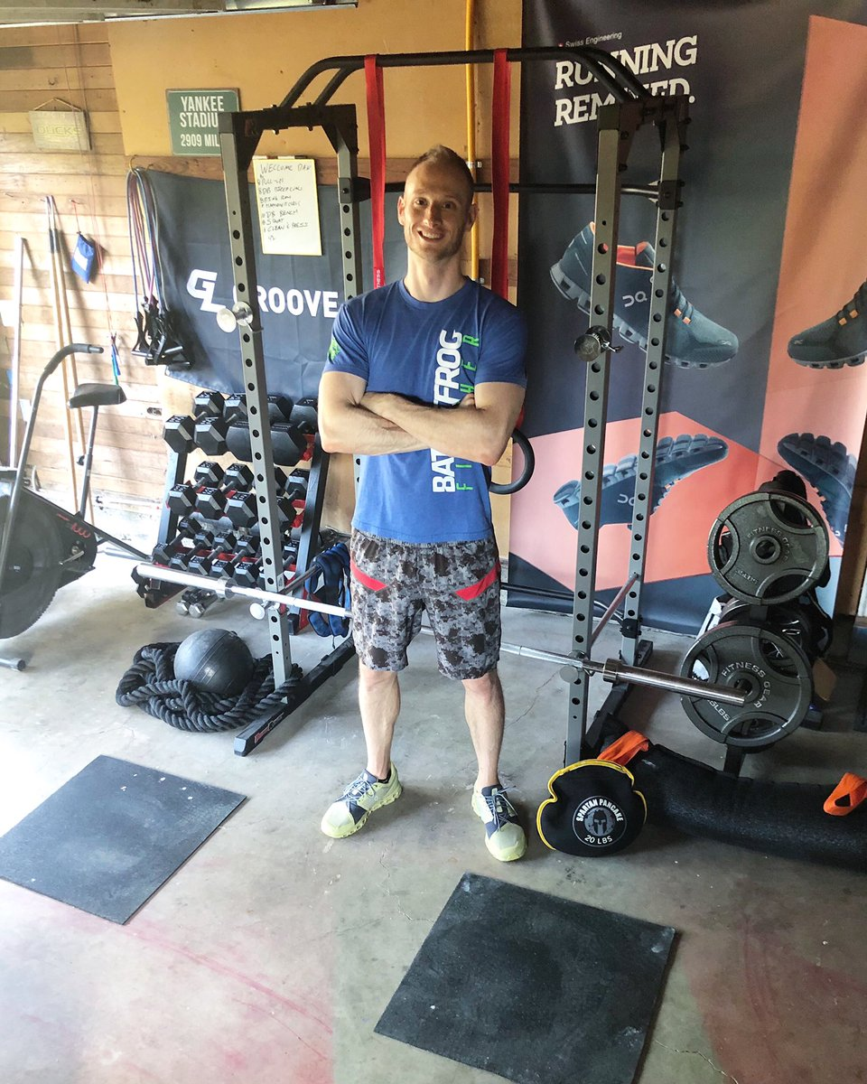 It's been months in the making, with countless @offerup negotiations, but my home gym is complete!   Also #ripbattlefrog   #flexseal #garagegym #onrunning https://t.co/uyRO9IF0cy
