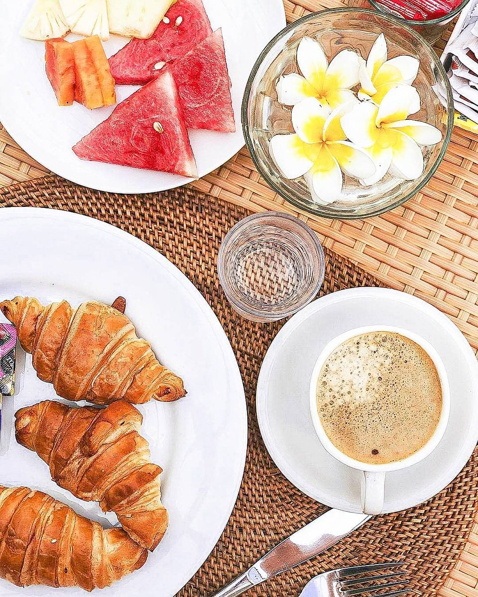 Wise man once said all happiness depends on a leisurely breakfast. We in @argyasantiresor know for sure how you like to enjoy your breakfast. . #bali #travelgoals #travelguide #balibible #jimbaran #visitbali #baligasm #bestofbali  #jimbaranbeach #funbali #balistay #balihotelspic.twitter.com/3JGiEpi5YG