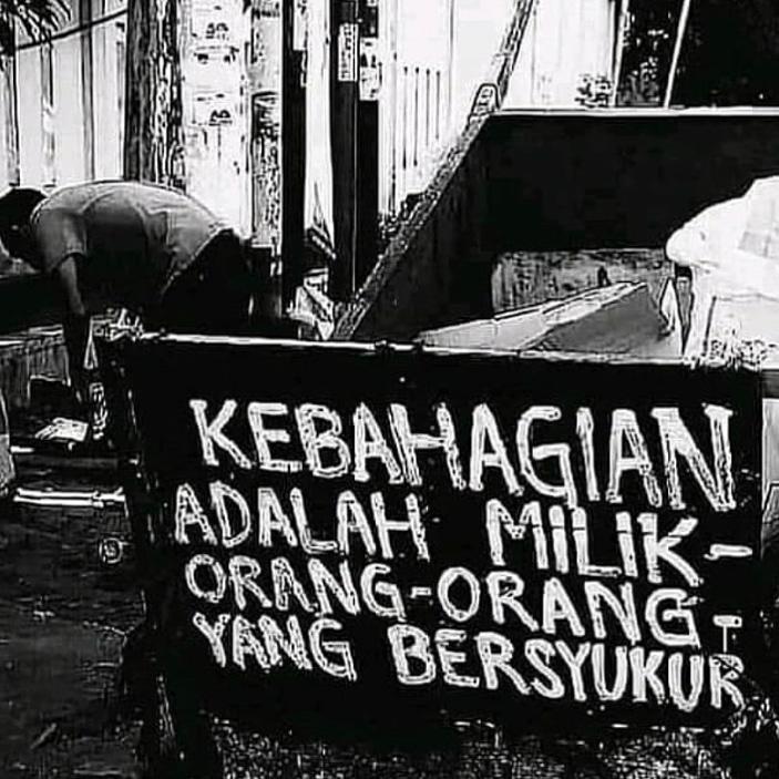 #hijrahsantun  #faktanyamuslim #bahagia #ikhlas  #maut  #hikmah  #shalat  #berbagisemangat  #shift  #sunnah  #taqwa  #iman  #istiqomah #motivasi #nasehatdiri  #allahswt  #remajaislami #doadanmotivasi #doa #jambicity #jambihits  #Indonesiamuslim #muslimindonesiapic.twitter.com/KnrtB8d4MX