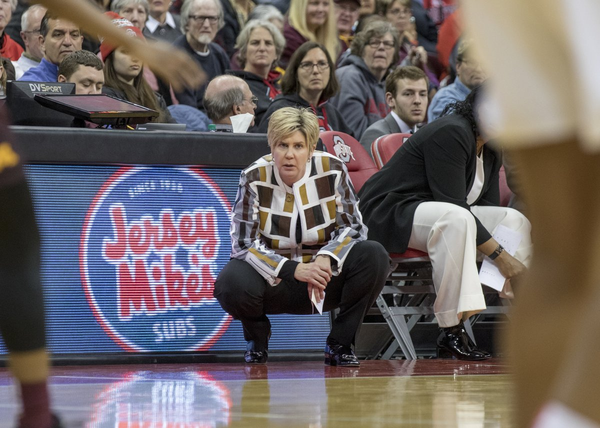 """Texas Tech women's basketball players describe a """"culture of abuse"""" under head coach Marlene Stollings and her staff since 2018, per @JoriEpstein and @DanielLibit  https://t.co/IThXyHnmKw https://t.co/wUHQbR0w6O"""