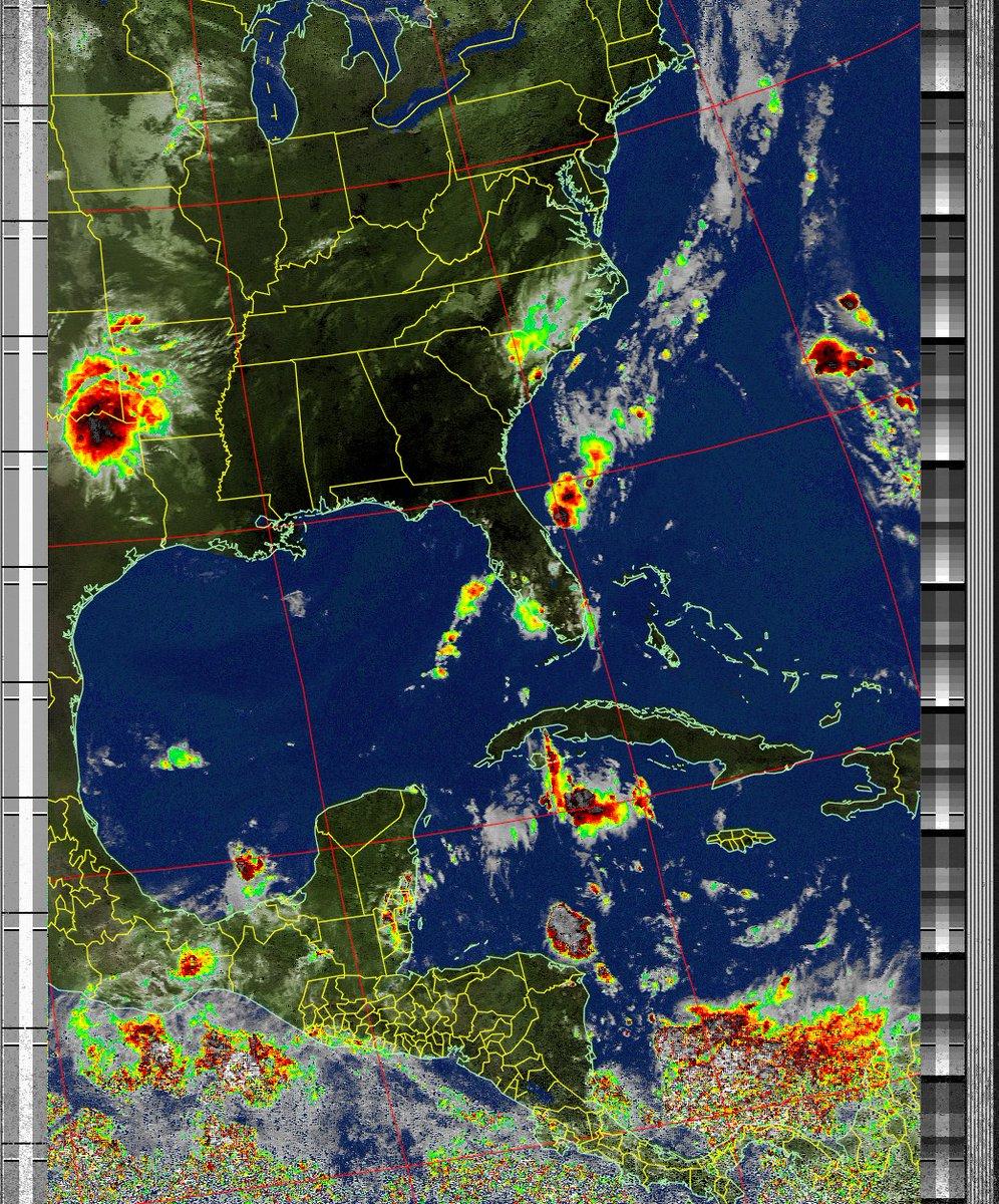 Satellite Image: NOAA 18 05-08-2020 10:07. Max Elevation: 20 Degrees. #NOAA #weather #TXlisteningpostimages #noaasatellite #RTLSDR #raspberrypipic.twitter.com/3eHbhlsXjB