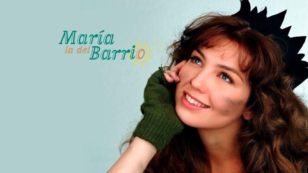 #MaríaLaDelBarrio es una historia de lucha y superación que te mantendrá pegada a tu sofá desde el minuto 1  ¡Regálate un maratón de esta serie en #NovelasNova!   http://atres.red/aezz06pic.twitter.com/7jIwfVXCBW
