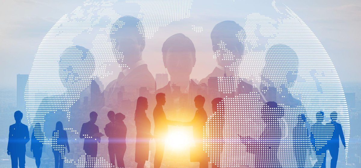 OracleAnalytics: Connect #people to #data with #HR analytics. Watch this webcast recap with shanellethadani to learn more about Oracle Fusion HCM Analytics http://ora.cl/O8dG0pic.twitter.com/213DuEdsUg
