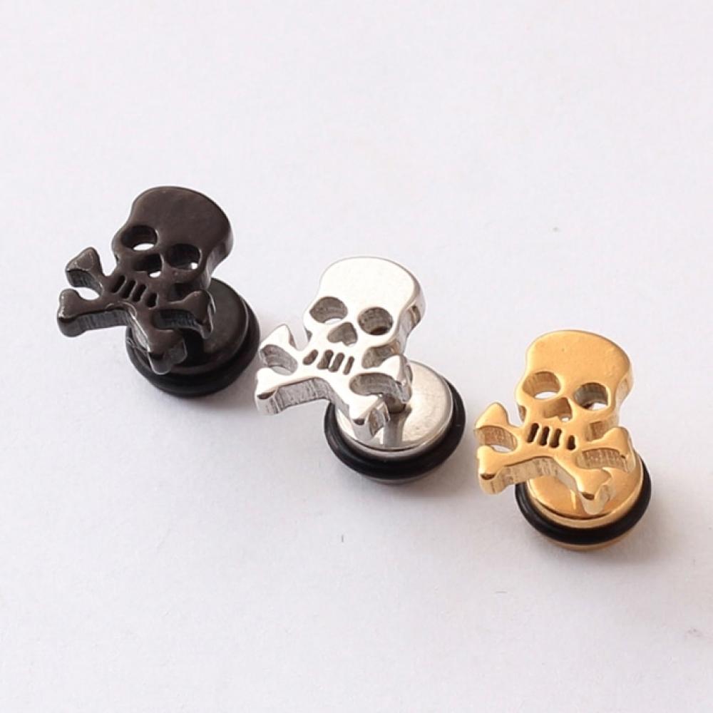 Pirate Skull Stainless Steel Stud Earrings #luxury #jewels https://jewelryporium.com/pirate-skull-stainless-steel-stud-earrings/…pic.twitter.com/k4aHBelPBN
