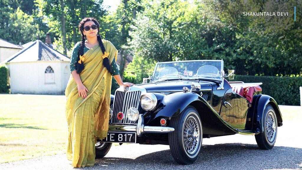 we need to start a conversation about vidya balan's sarees in shakuntala devi (1/2)