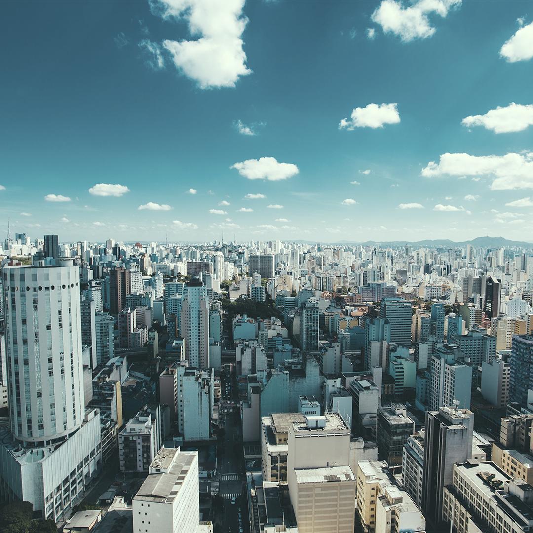 O que você sabe sobre São Paulo? Confira 3 fatos curiosos: - O metrô de São Paulo é um dos melhores do mundo - São consumidas mais de 1 milhão de pizzas por dia - Já tentaram mudar o nome da Avenida Paulista!  #visitesp #stayhome #fiqueemcasa #avenidapaulista #2020 #sãopaulo #sp https://t.co/aNQUpLWs48