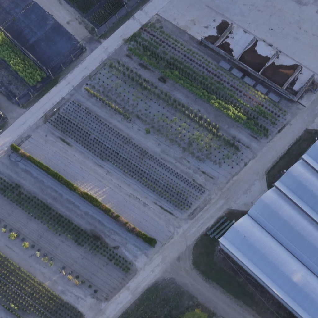 Labo de terre . #vuduciel #vueaerienne #aerialview #aerialshot #paramoteur #paramotor #paratrike #aerialphotos #funflyer #Adventureparamotor #Adventureparamoteur #paramotore #paragliding #paraglidinglife #paramotoring #dept77 #dansle77 #seineetmarne #tou… https://t.co/f4wjb5Z9HW https://t.co/hCmqj6seSH