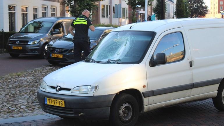 Fietser raakt gewond bij ongeluk in Assen: Een fietser is gewond geraakt bij een aanrijding met een auto in Assen.