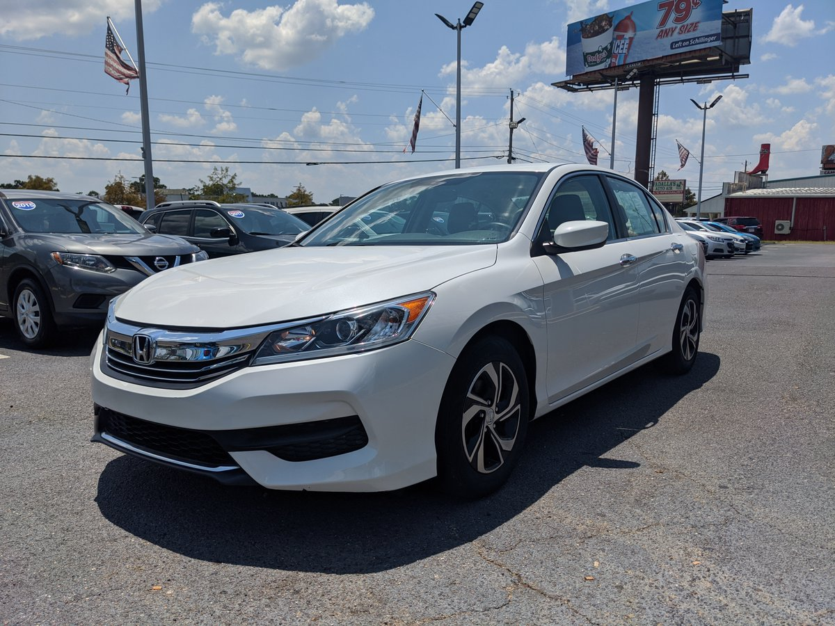 2017 Honda Accord LX with only 40K miles on the clock! Visit 7220 Airport Blvd, Mobile or call 251-479-2277  We work with all credit types and will have you on the road today! :)  https://carboxx.com/vdp/16494637/Used-2017-Honda-Accord-Sedan-LX-CVT-for-sale-in-Mobile-AL-36608 …  #usedcarsforsale #mobilealabama #gulfcoast #honda #accordpic.twitter.com/ATm6ThatwY