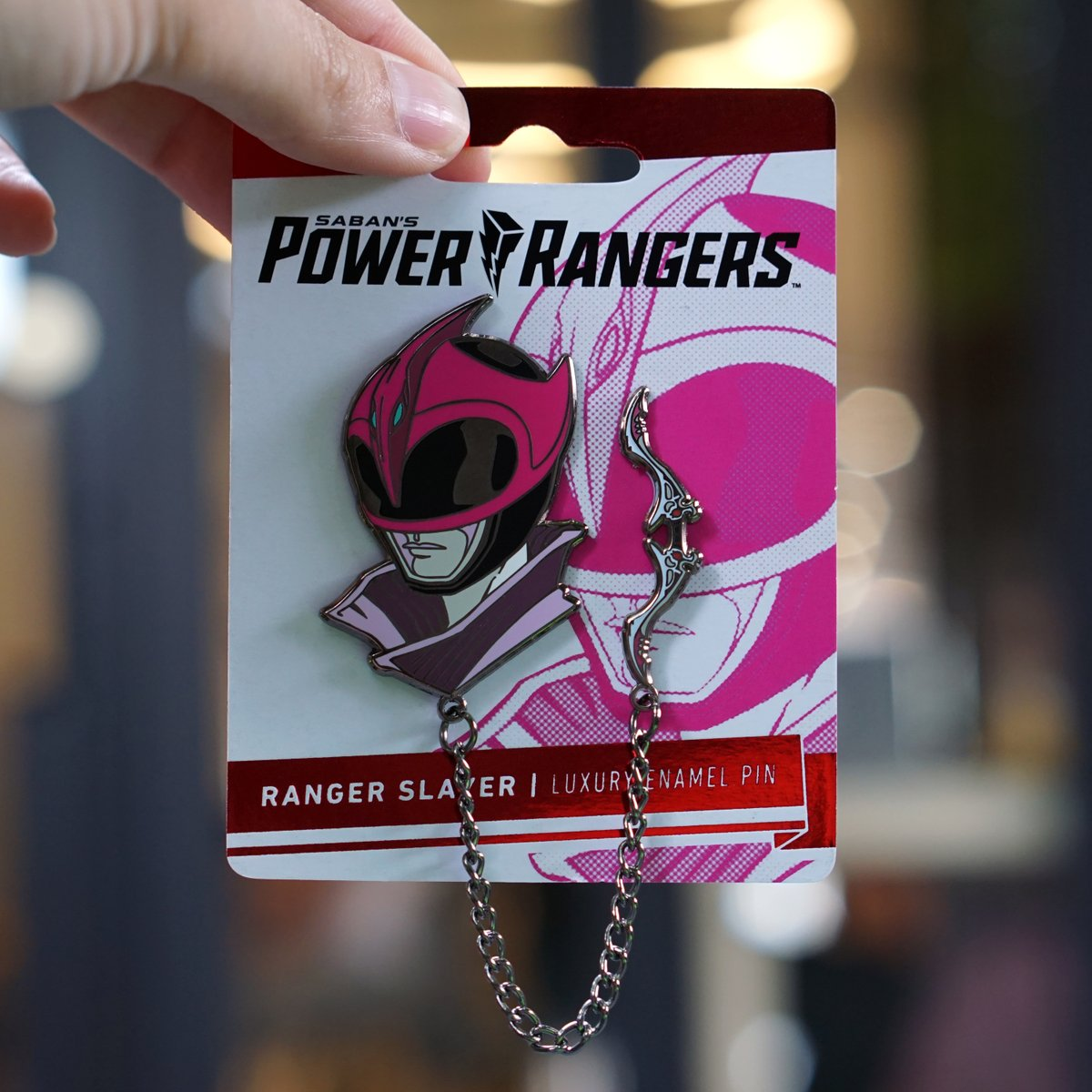 #PowerRangers GIVEAWAY (No.2)⚡  This Giveaway: Ranger Slayer from Shattered Grid — an officially licensed Hard-Enamel Lapel Pin.   HOW TO ENTER:  1️⃣ Follow @LineageNYC & @razzle1337 2️⃣ Like + Retweet 📅 Ends Friday, Aug 7th @ 11:59 PM EST   Good luck everyone!  https://t.co/obNCTJ6HMQ