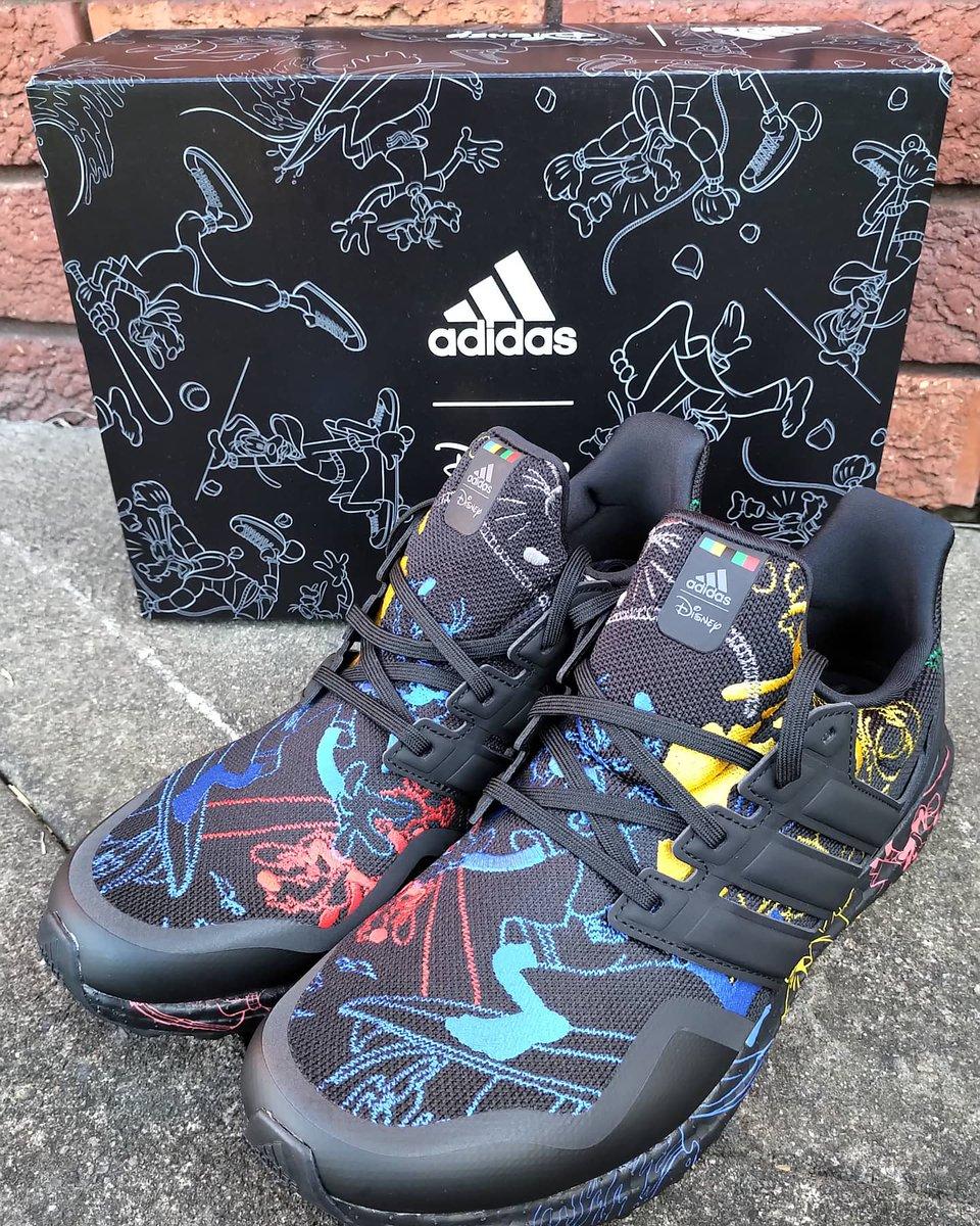 Feeling goofy in my first pair of Disney sneakers hehe @adidas @adidasrunning @Disney #Adidasxdisney #adidasshoes #sneakers #sneakerhead #UltraBOOST20 #ultraboost #goofy #Disneypic.twitter.com/fCzSTxIq8F
