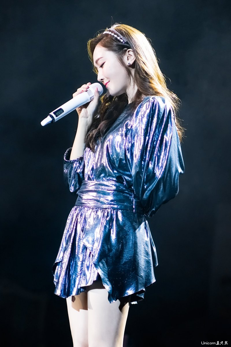 """I hate to see people thinking that   jessica is """"jennie's ex ex's sister"""" . She is JESSICA JUNG ,  A successful fashion designer, singer, actress, model, Creative Director of Blanc and Eclare, Global Ambassador, Author, Lyricist, Songwriter, Composer, Vlogger, pic.twitter.com/Up6emJV8Lu"""