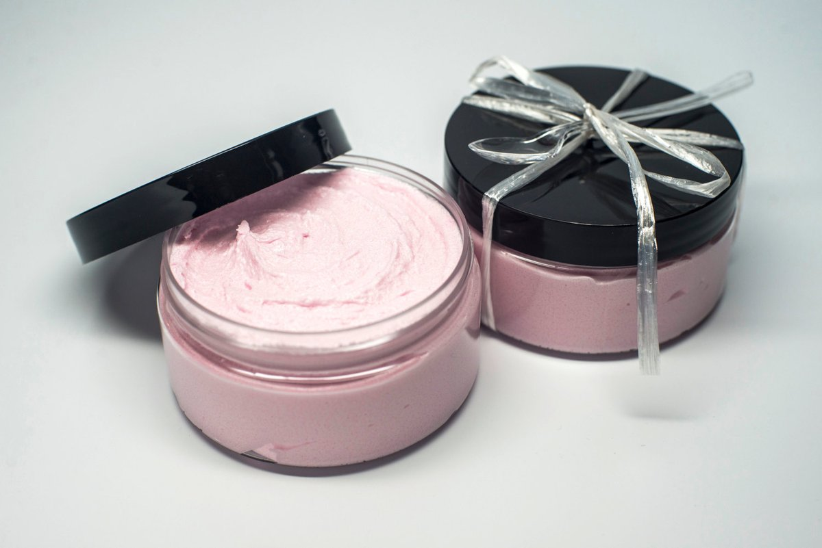 Whipped Sugar Scrub- Peppermint Scent- Soap in a Jar- Body Polish- Exfoliating Moisturizing Scrub- Foaming Sugar Scrub- Gift Packaging- 8 oz http://tuppu.net/16778baa #shopsmall #EtsySeller #etsygifts #bestofetsy #etsysale #handmadegifts #etsyclubpic.twitter.com/rbM0q2JZ4X