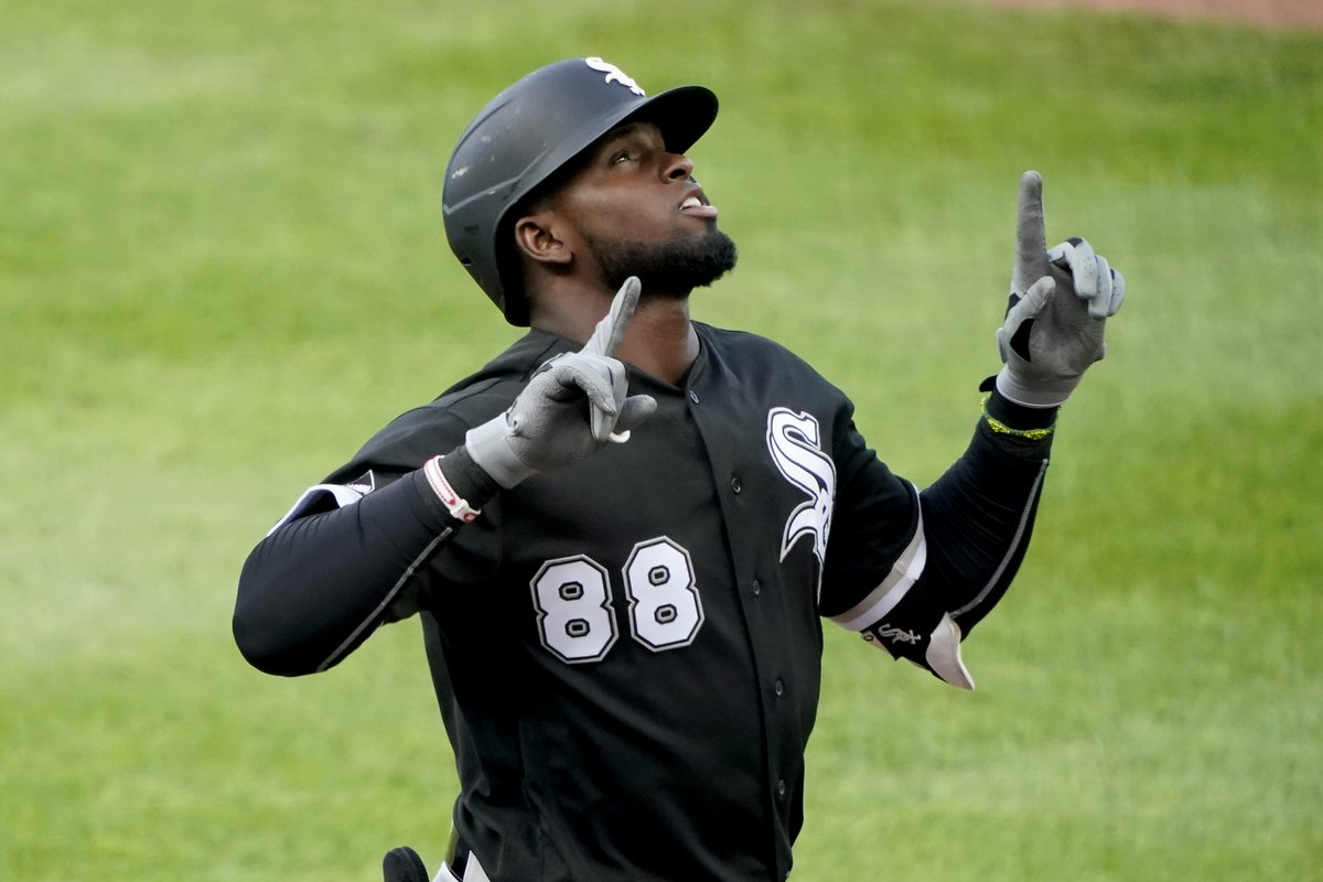 Luis Robert has 17 hits through his first 12 games. That's the most for a @WhiteSox hitter since 1998 (Craig Wilson). https://t.co/QqyUDzcAQw