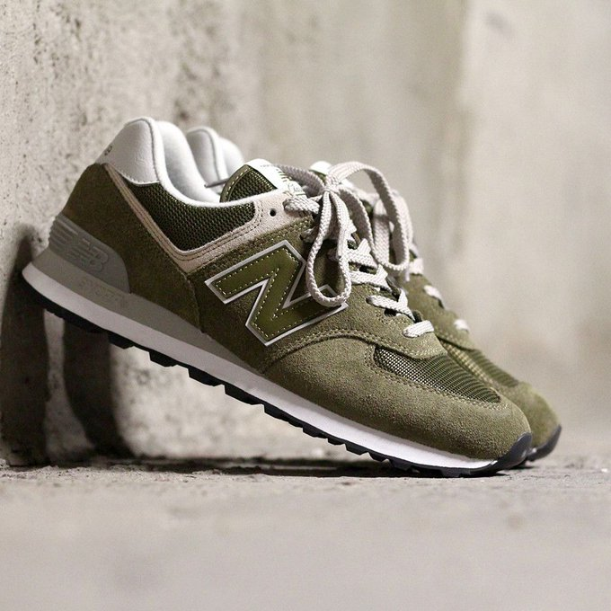Ad: LAST SIZES:  New Balance 574 'Olive' only $30 + FREE shipping =  https://t.co/cOSrcYZd5t