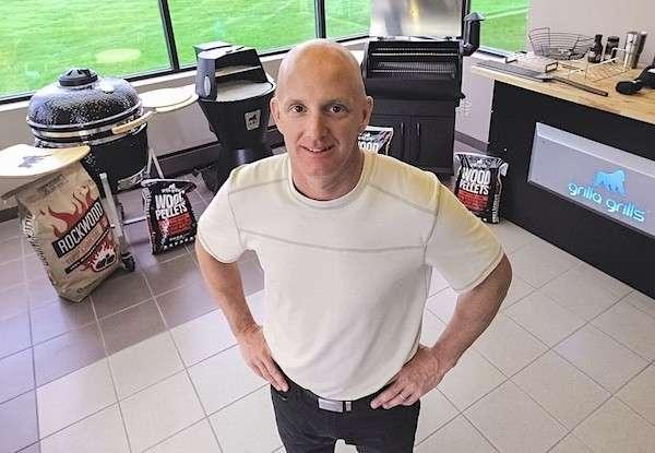 Mark Graham of Grilla Grills joins JT in Afterhours https://player.captivate.fm/episode/62321e75-f357-4ebd-82b6-9c4f813c2a47…pic.twitter.com/hlm0LpNHIx