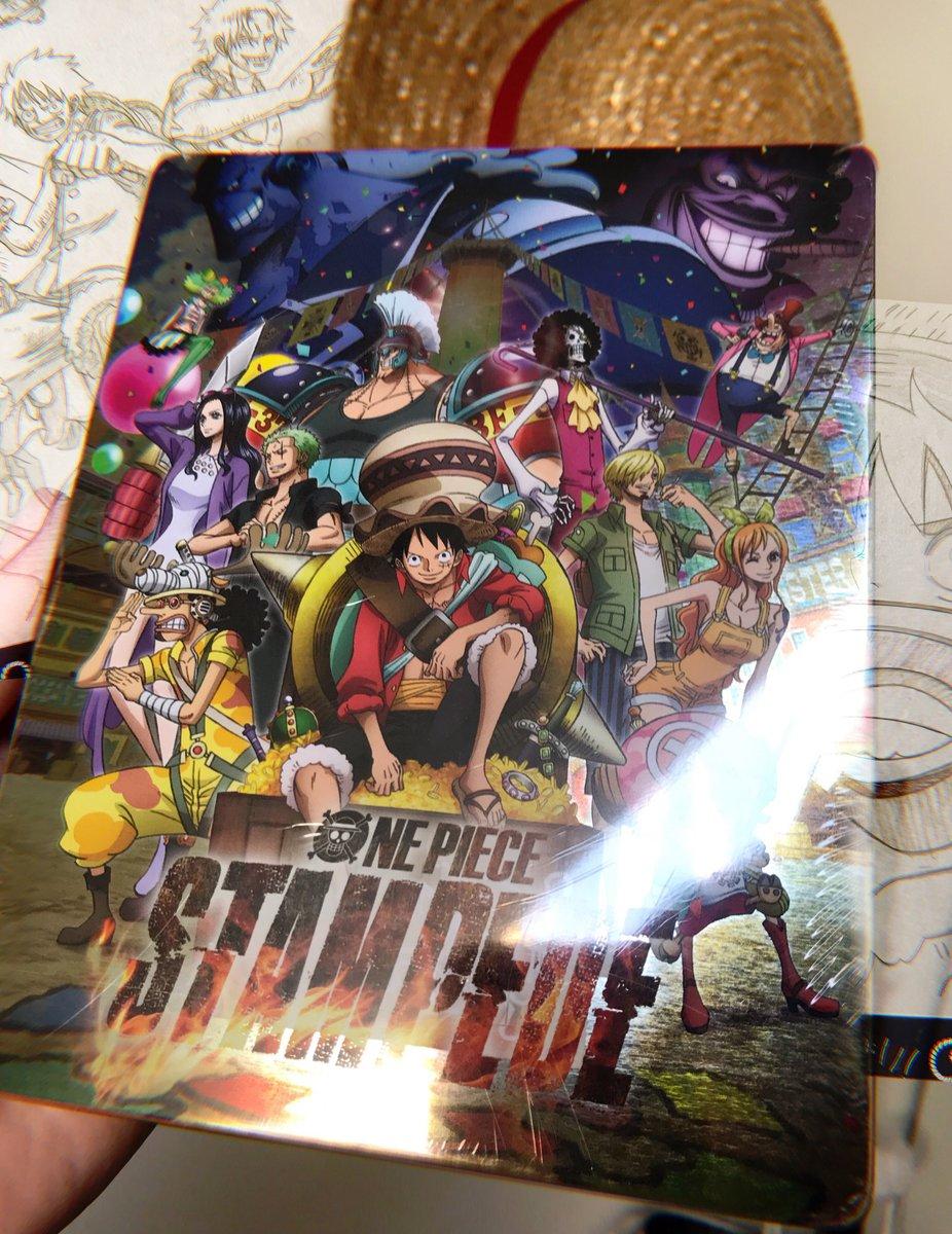 test ツイッターメディア - ワンピース スタンピード! キラキラ!! (☆>⊇<)  Reception du Blu-ray One Piece Stampede,  Merci @iAniki_  pour ce cadeau ! ♡ 🥺 https://t.co/XN4uL1IfRI