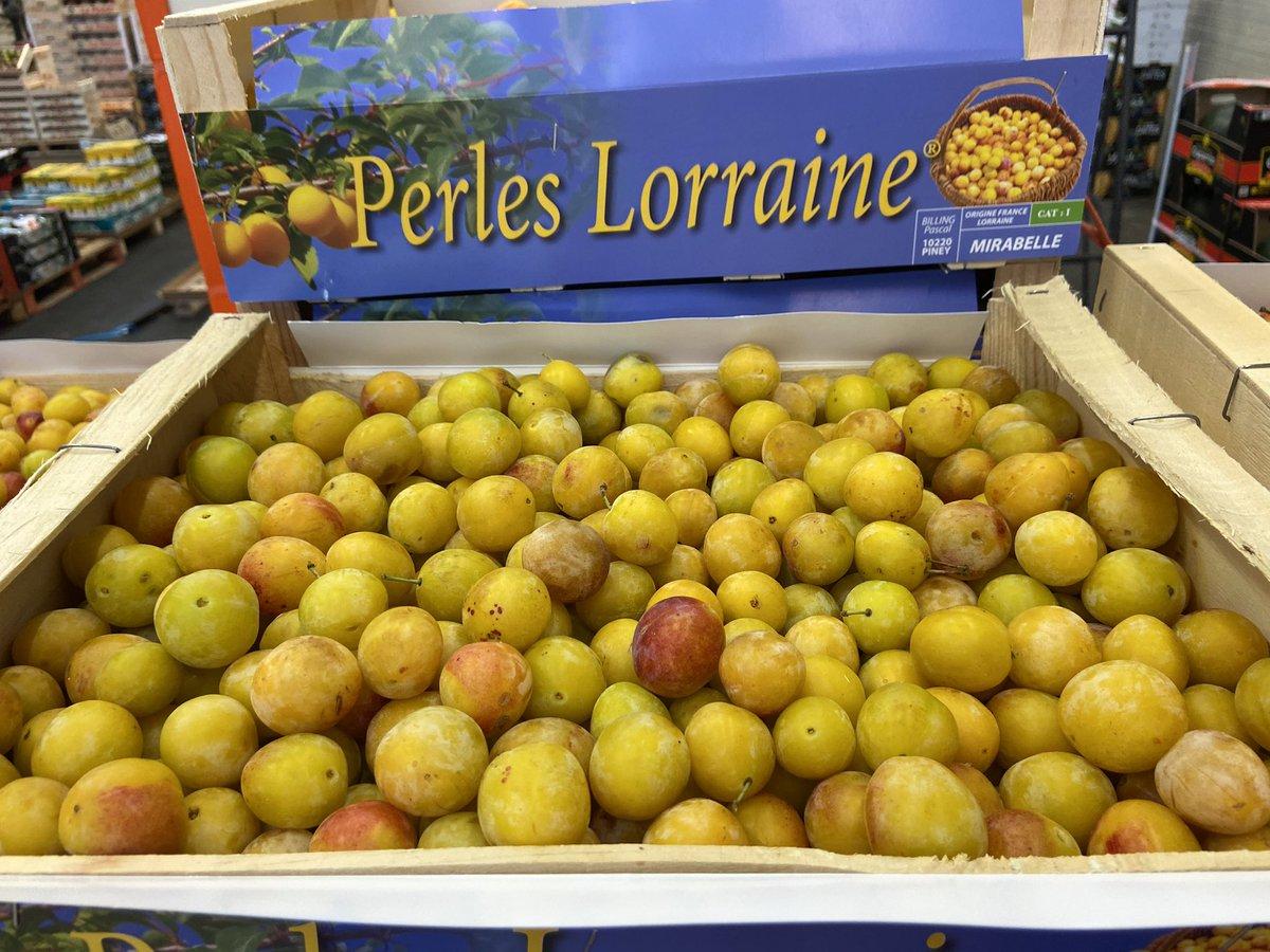 Merci  pour vos nombreux messages concernant la marque perles Lorraine ! Nous travaillons avec un expéditeur de saveurs  qui se trouve dans l'Aube et sa mission est de sélectionner les mirabelles chez les producteurs de Lorraine ! Régalez vous chez @Monprimeur @UNCGFL