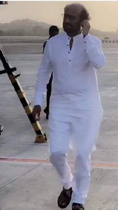 #45YearsOfRajinism  #Superstar #Thalaivar #MakkalThalaivar #Rajinikanthpic.twitter.com/RGGhUyhr78