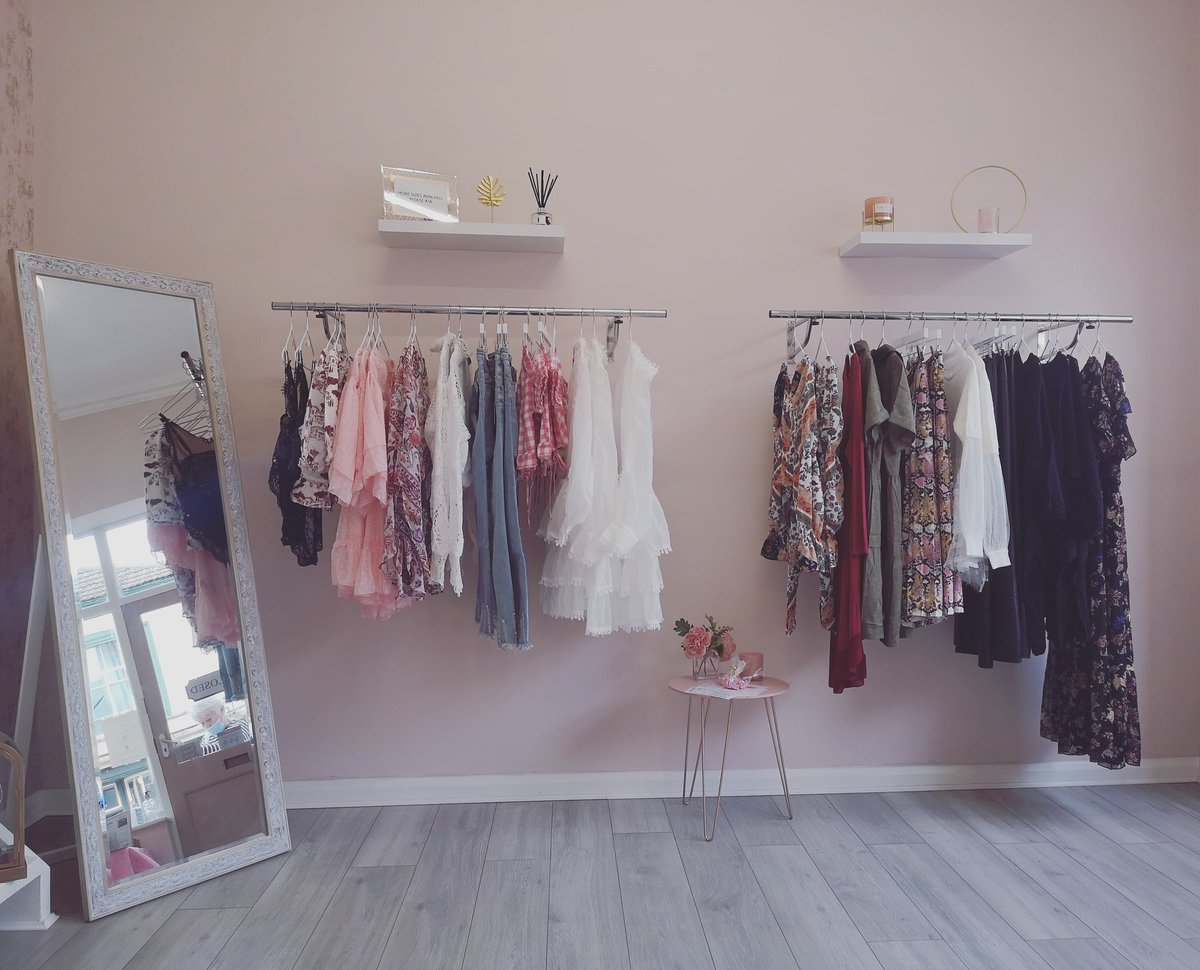 We LOVE our little boutique   #new #boutique #boutiqueclothing #supportsmallbusiness #SmallBusiness #clothing #dresses #unique #boho #bohostyle #onlineshopping #smallshop #bougie pic.twitter.com/7VeAMlFE9h
