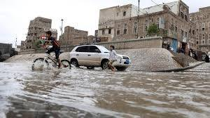 4 buildings in Sanaa collapse amid heavy seasonal rains - https://www.sunnewsonline.com/4-buildings-in-sanaa-collapse-amid-heavy-seasonal-rains/ …pic.twitter.com/IWmLmWLG28