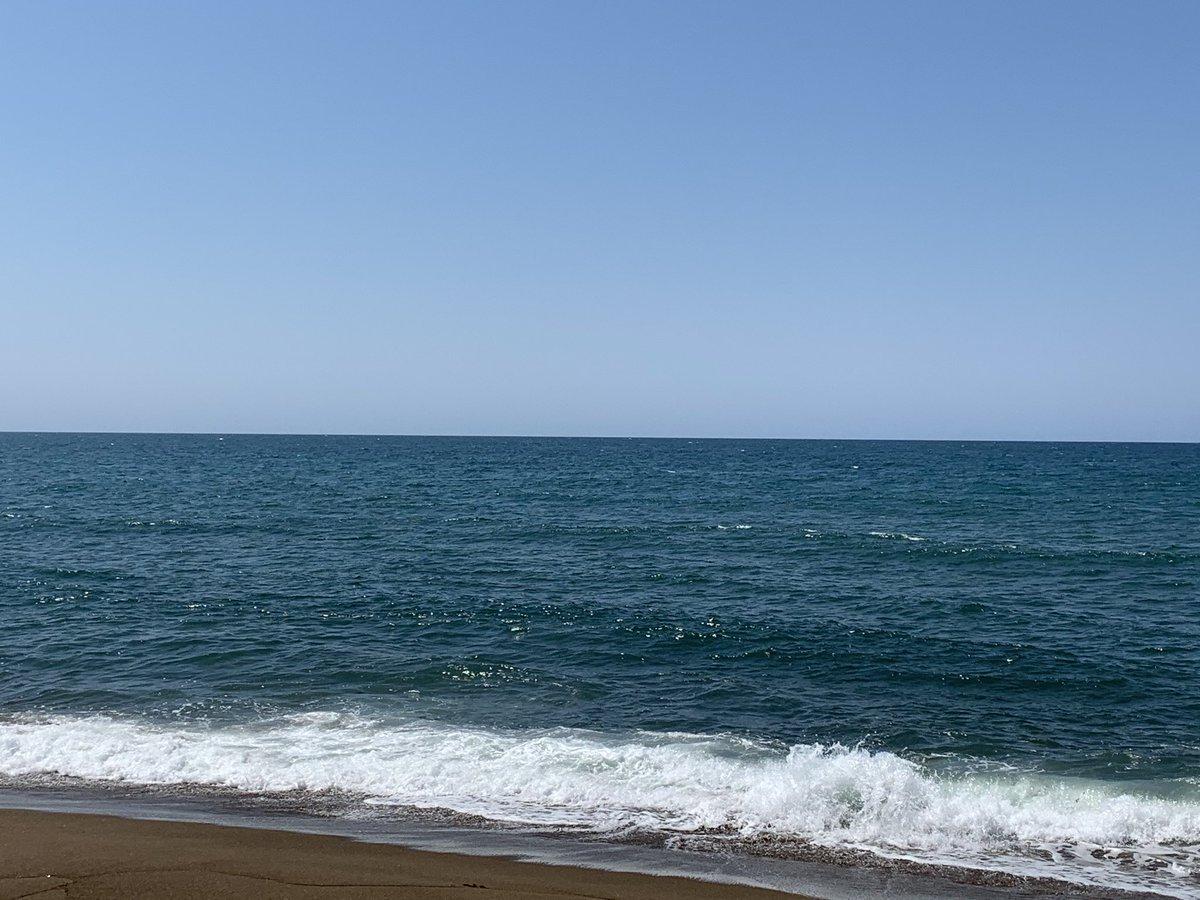 日本海も好きですよーRT @mamanyanmama: @CHLionRagbaby 日本海だとけんちゃんの海のイメージが感じない気がします�� https://t.co/Bw5bG4Ooaz