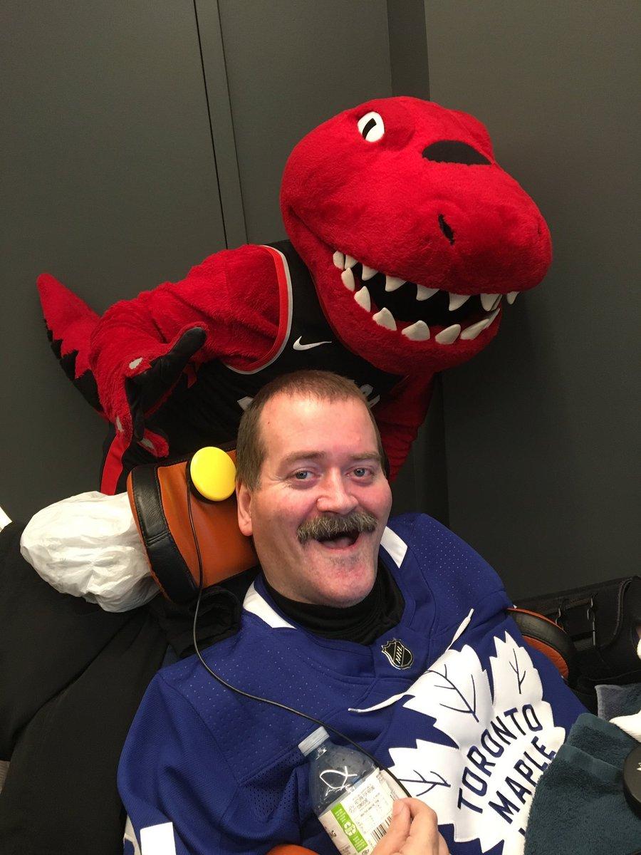 @MapleLeafs @Raptors @ScotiabankArena Love it! #LeafsForever #WetheNorth #GoLeafsGo #LetsGoRaptors @MapleLeafs @Raptors #TeamToronto https://t.co/zsjh82LnJX
