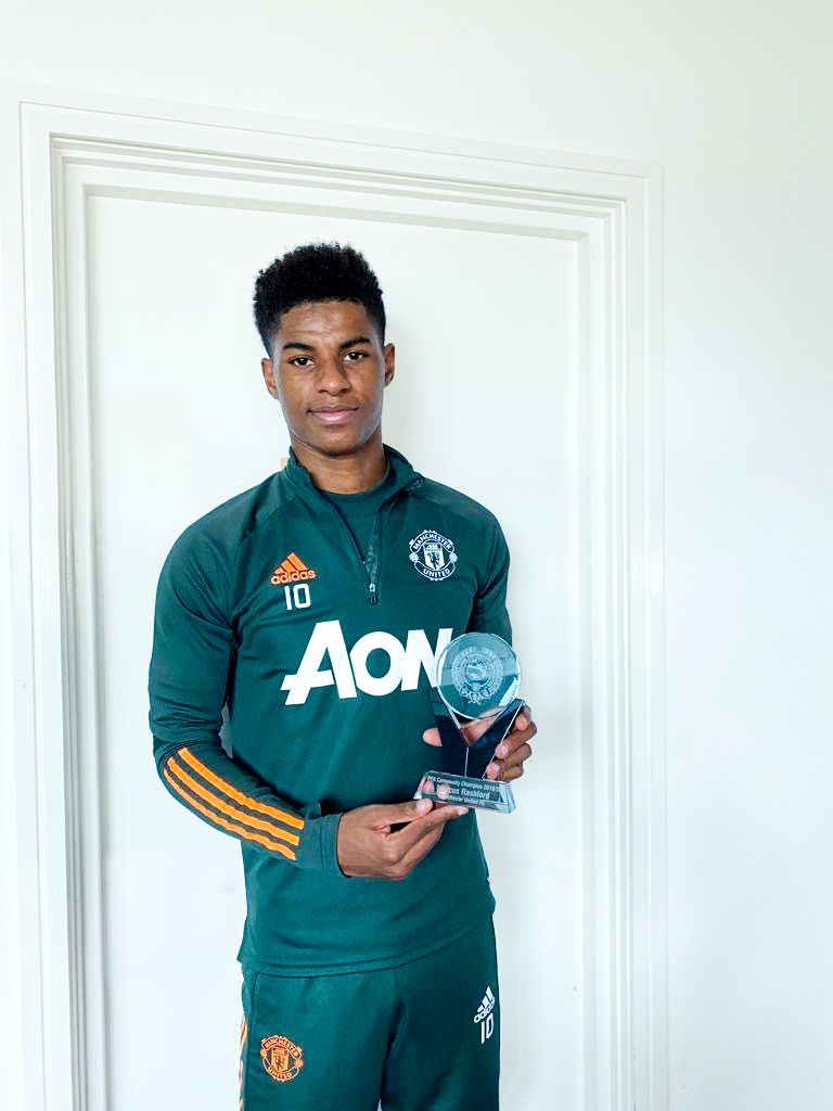 Congratulations to @MarcusRashford and @Jackie_10_ who have received the @PFA 2019/20 Community Champion Award 🏆   The award recognises their inspiring work with the Foundation and in the community 👏🤩  #MUFC #MUWomen #CommunityChampion https://t.co/xyFtgHEp5A