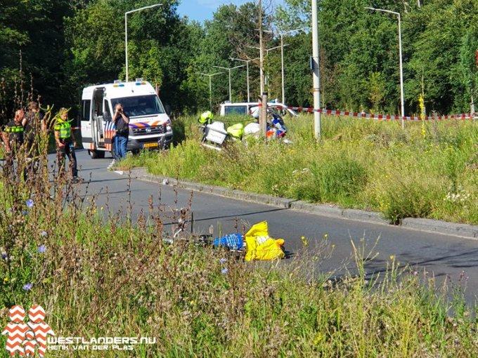 Fietser zwaargewond bij ongeluk Machiel Vrijenhoeklaan https://t.co/GA9W98F4cW https://t.co/FLdHgL4ul2
