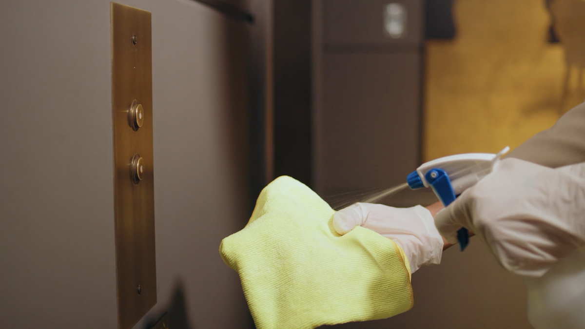 Good isn't good enough – we're committed to high levels of cleanliness. That means clean, well maintained, clutter free rooms that meet our standards. If this isn't what you find when you check-in, then we promise to make it right.  https://t.co/XN4VpNGenr https://t.co/MlUIkdxm35